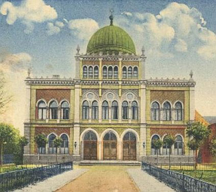 Lübeck Synagogue, as it appeared in 1880. The Kunsthalle St. Annen is right next door.